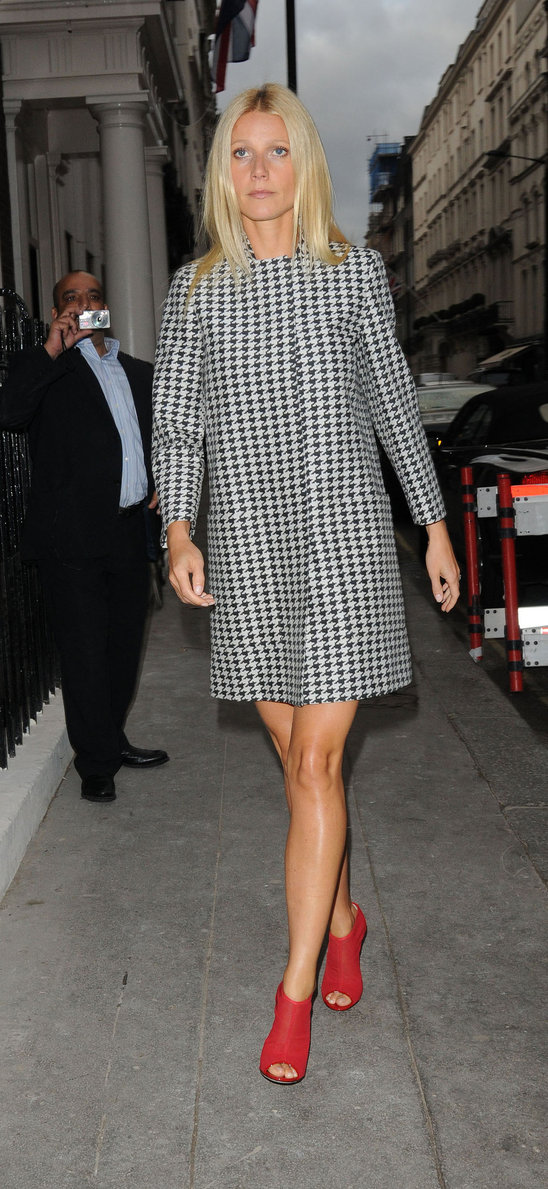 We love this houndstooth patterned Stella McCartney gown with Gwen's boots with open toe